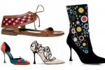 Classici o bizzarri, i capolavori di Manolo Blahnìk ai piedi delle donne - Foto
