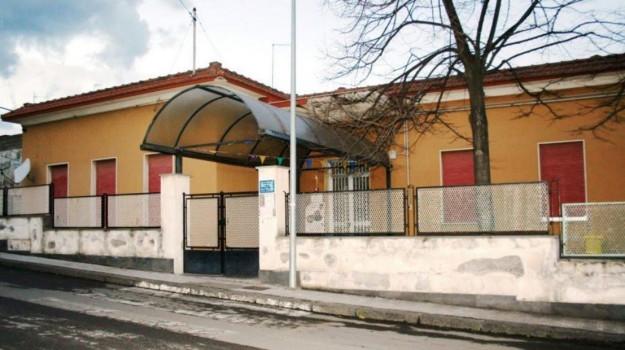 Giarre, scuola, via Giusti, Catania, Cronaca