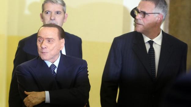 forza italia, mediaset, prestito, processo, Emilio Fede, Lele Mora, Silvio Berlusconi, Sicilia, Cronaca