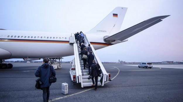 tempesta di neve usa, voli cancellati usa, Angela Merkel, Sicilia, Mondo