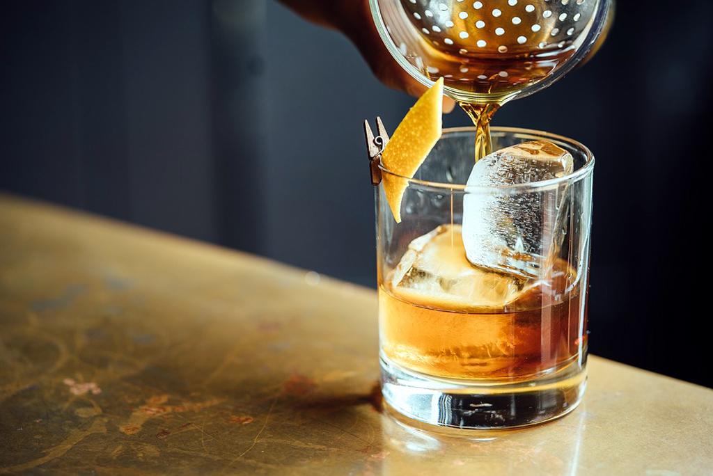 È emozionante vivere con alcolismo di Elena Malysheva - Rune per eliminazione di alcolismo