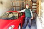 Eredita una fortuna e si compra la Ferrari: la storia del contadino Andrea