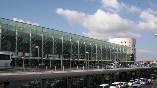 aeroporto fontanarossa catania, trasferimenti illegali denaro, Catania, Cronaca