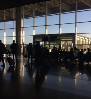Maltempo, disagi per i voli all'aeroporto di Catania. Forte vento nel Ragusano