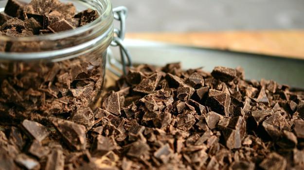 cioccolato, patatine, Sicilia, Società