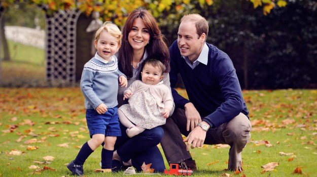 famiglia reale inglese, kate incinta, royal baby, terzo figlio william e kate, Kate Middleton, Principe William, Regina Elisabetta, Sicilia, Mondo