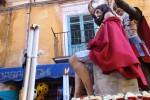Settimana Santa a Palermo, la processione tra le bancarelle di Ballarò