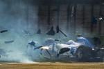 Giovinazzi distrugge la macchina sulla pista di Shanghai - Foto