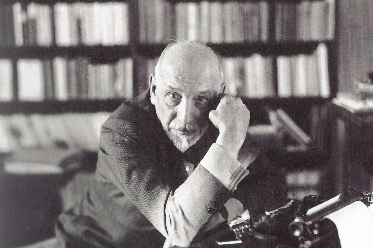 luigi pirandello Mattia pascal endures a life of drudgery in a provincial town then, providentially,  he discovers that he has been declared dead realizing he has a chance to.