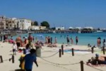 Turisti a Palermo per le vacanze di Pasqua tra arte e la spiaggia di Mondello - Video