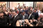 """""""Palermo e Napoli sono sorelle gemelle"""", folla in delirio per Gigi D'Alessio al centro commerciale"""