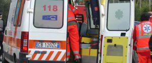 Si schianta con l'auto contro un furgone: palermitano muore in un incidente a Belluno