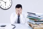Metà degli italiani soffre l'ansia del tempo: solo uno su quattro sa gestire i ritmi frenetici