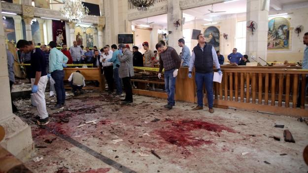 domenica delle palme, egitto, esplosione vicino a chiesa egitto, Sicilia, Mondo
