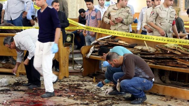 attentati egitto, Papa Francesco, Sicilia, Mondo