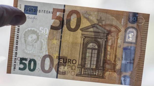 Bce, contanti, nuova banconota da 50 euro, soldi, Mario Draghi, Sicilia, Economia
