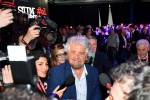 Grillo blocca il dissenso nel M5S: sì al modello tedesco