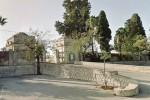 Floridia, sfregiate le tombe di 4 carabinieri al cimitero