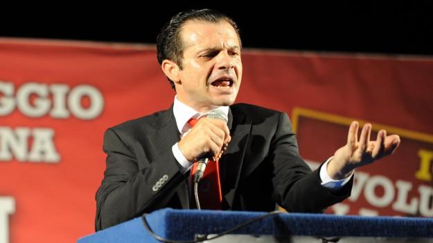 candidato sindaco messina, palazzo zanca messina, Cateno De Luca, Messina, Politica