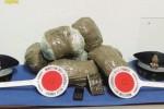 Pozzallo, scoperti con un carico di droga al porto: due arresti