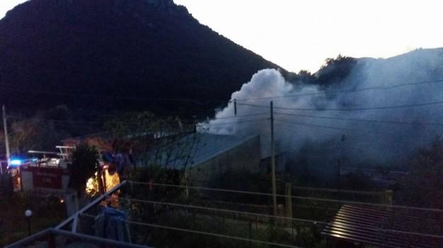 incendio, magazzino, Palermo, Cronaca