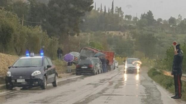 incidente stradale, san cataldo, Caltanissetta, Cronaca