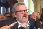Emiliano a Palermo: usare la Sicilia come serbatoio di voti è una vergogna