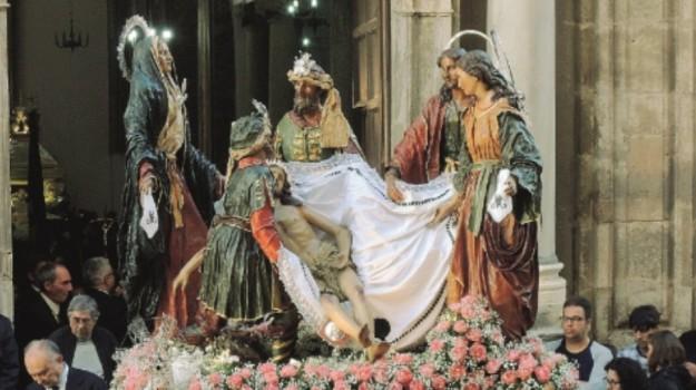 misteri, processione, trapani, vescovo, Trapani, Cronaca
