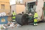 Da Sciacca a Catania, il lungo viaggio verso la discarica: e i costi aumentano