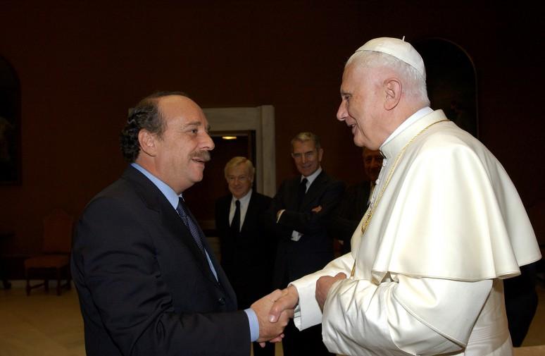 I 90 anni di ratzinger da cardinale a primo papa emerito - Finestra del papa ...