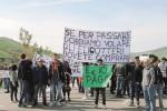 La zona montana rischia l'isolamento: sindaci e cittadini occupano la Agrigento-Palermo