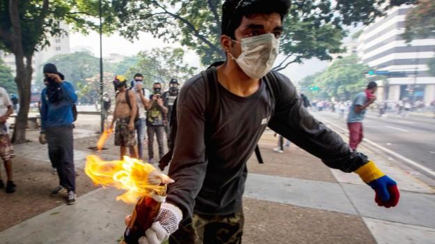 proteste venezuela, Donald Trump, Nicolas Maduro, Sicilia, Mondo