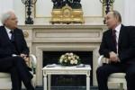 """Mattarella incontra Putin: """"Interessi comuni per superare le difficoltà"""""""