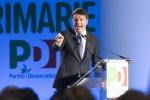 """Renzi sfida Grillo e avverte: """"Chi perde le primarie non bombardi il Pd"""""""