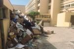 Rifiuti davanti agli alberghi di Sciaccamare, è protesta