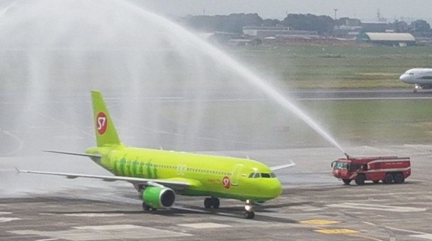aereo, aeroporto fontanarossa, catania-mosca, Catania, Economia