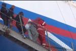 In arrivo 254 migranti a Pozzallo, a bordo anche due cadaveri