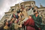 Processione delle Vare a Caltanissetta, l'ultimo atto a notte fonda