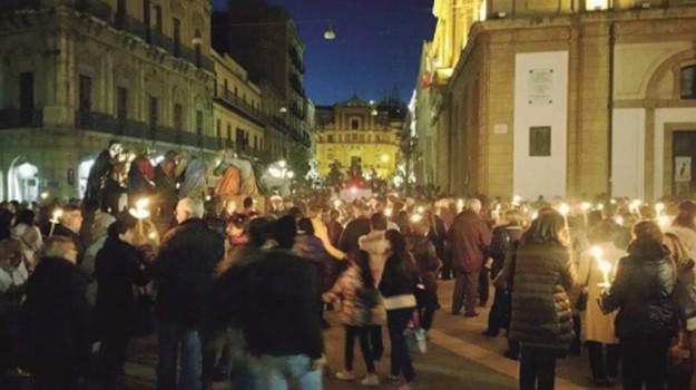 Vare, via crucis, Caltanissetta, Cultura