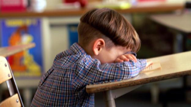 bambini, mal di testa, Sicilia, Società