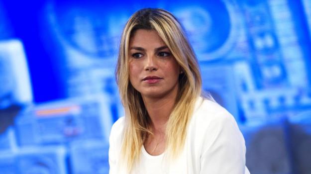 cantante, musica, Emma Marrone, Palermo, Società