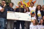 Da Lipari a Ficarra, comici e studenti insieme per l'Ospedale dei Bambini: scuola di Palermo dona 7 mila euro