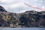 Le Frecce Tricolori volano su Taormina lasciando i leader del G7 con il naso all'insù - Le Foto