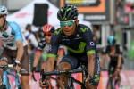 Giro, Quintana stacca tutti e prende la maglia rosa. Nibali in difficoltà