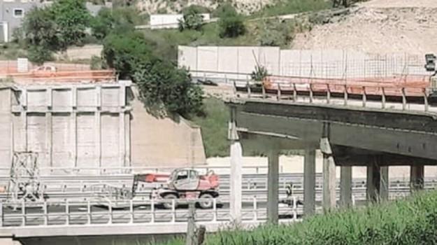 ponte petrusa interrotto, Agrigento, Cronaca