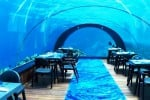 Alle Maldive si cena ad oltre 5 metri sott'acqua: ecco il ristorante subacqueo più grande del mondo