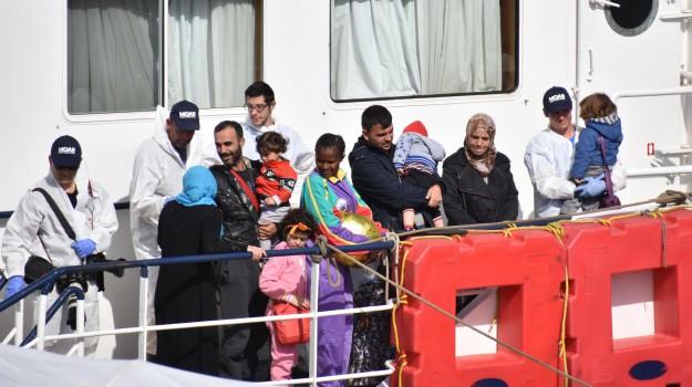 migranti, sbarco catania, Catania, Cronaca