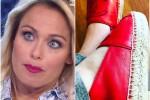Sonia Bruganelli e le scarpe da 500 euro per la figlia: è bufera sul web