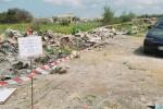 Cassonetti bruciati a Castelvetrano, è caccia al piromane