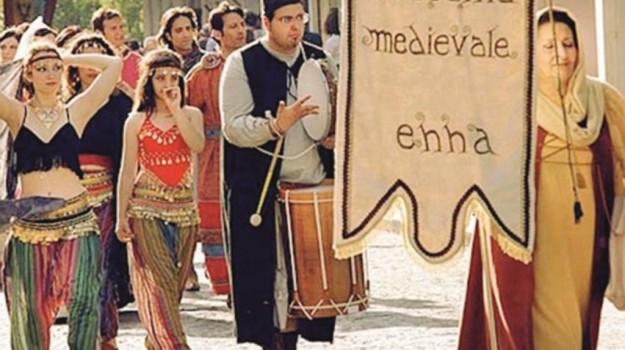 medioevo, Enna, Cultura